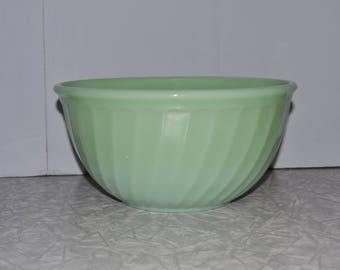 Jadeite 9'' Swirl Mixing Bowl  ~ Green Fire King ~ Jadite ~ Vintage Green Kitchen ~ Epsteam