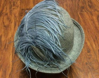 Vintage Retro Mid Century Geo W Bollman & Co. Gray Doeskin Felt 100% Wool Feather Bowler Derby Hat