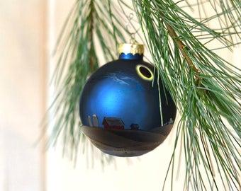 Custom Total Solar Eclipse Ornament, Commemorative Custom Christmas Ornament, Hand Painted glass ornament, 2017 Solar Eclipse Painting
