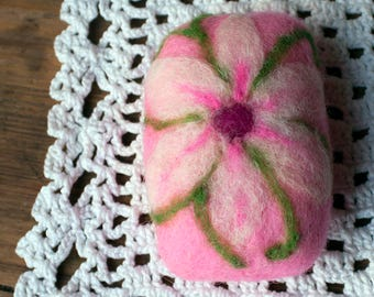 Felted soap, Felted flower soap, Pink felted soap