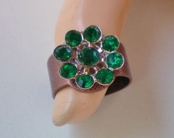 Green rhinestone floral ring, Recycled jewelry, Handmade jewelry, Repurposed jewelry,Upcycled jewelry,Free USA shipping.Made in USA/Michigan