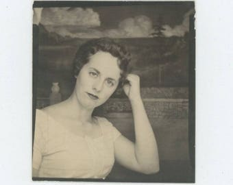 Vintage Arcade Photo Booth: Young Woman, c1950s (712631)