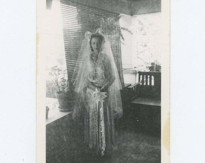 Vintage Snapshot Photo: Diaphanous Bride (712626)