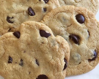 Cookie of the Month / Chocolate Chip Cookies / Classic Chocolate Chip / Bittersweet Chocolate