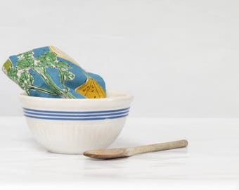 Antique White Ironstone Bowl with Blue Stripes - Old White and Blue Mixing Bowl - Farmhouse Ironstone Bowl - Rustic Kitchen