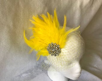 Yellow Feather Gatsby Fascinator Comb for Bridal Hair Clip, Bridesmaid Hair Accessory, Mother of the Bride, Wedding Fascinator, Tea Party,
