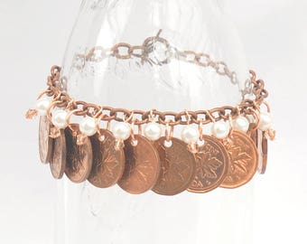 Upcycled Pennies, Repurposed Canadian Pennies Bracelet 1970s 1980s, 10 coins bracelet, 9 Pearls and Beads, OOAK, Copper Bracelet