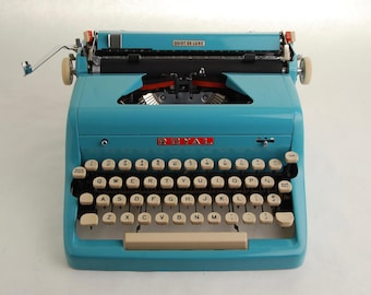Turquoise Blue Typewriter, Royal Quiet De Luxe, 1950s