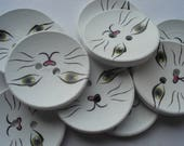 40mm Wooden Sewing Buttons, 2-Hole White Cat Pattern Round Buttons, Pack of 6 Wooden Buttons, W4007