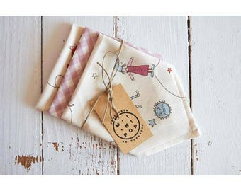 Unbleached organic cotton and pink gingham kids handkerchiefs, set of 3 washable handkerchiefs, zero waste