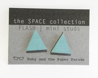 Small FLASH stud ear rings in duky teal