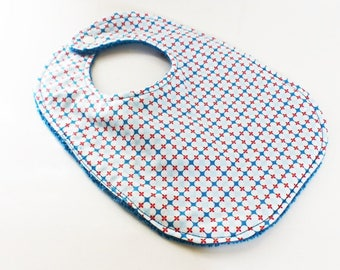0-6 months baby bib red, white and blue flowers vintage blue sponge