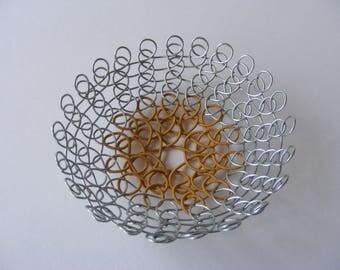 Small wire dish-Decorative homeware-Silver and Ochre jewellery dish