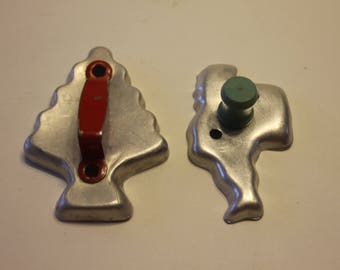 Vintage Cookie Cutters Set of 2: Santa and Christmas Tree with Handles
