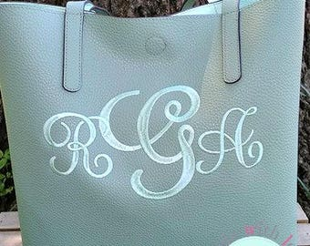 Monogrammed Purse-Monogrammed Faux Leather Totes-Monogrammed Tote-Faux Leather Tote-Faux Leather Purse