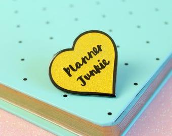 Planner Junkie Enamel Pin, Planner lapel pin, Heart Planner Pin, Glitter Planner brooch | Claireabellemakes