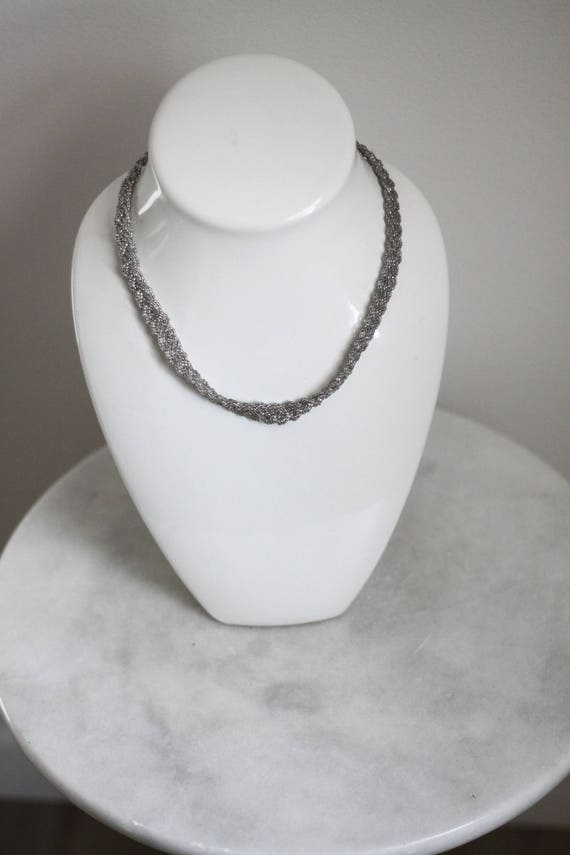 1970s beaded silver necklace // beaded necklace // vintage jewlery