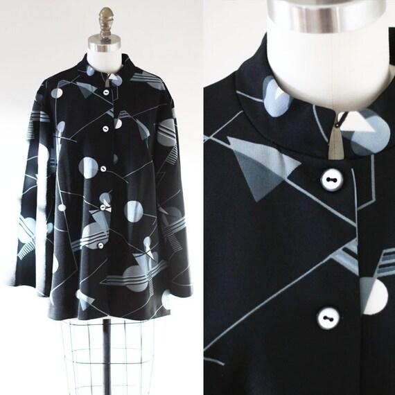 1970s black bell sleeve blouse // geoprint blouse // vintage top