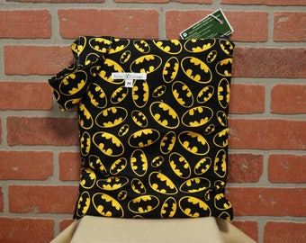 Cloth Diaper Wetbag, Batman, Diaper Pail Liner, Diaper Bag, Day Care Size, Holds 5 Diapers, Size Medium with Handle item #M61