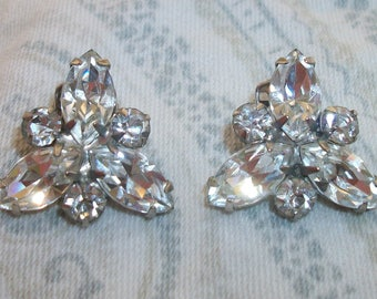 Vintage Silver Tone Clear Rhinestone Clip On Earrings