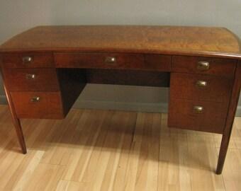 Edward Wormley desk for Dunbar