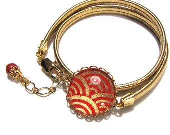 Dome embossed gold and red, Gold Leather Bracelet