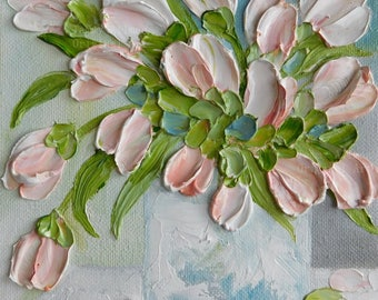 Soft White and Apricot Impasto Tulip Oil Painting, Cottage Chic Tulip Painting, Blush Tulips