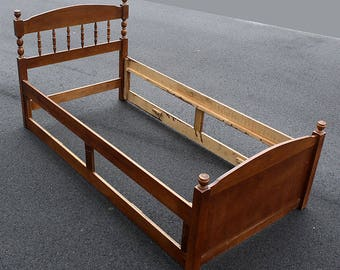 vintage antique wood wooden twin size bed frame head foot board headboard rail