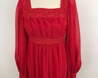 Maxi dress 1970s red dress empire line square neckline vintage lace trim flowing skirt polyester Regency feel UK 10 boho hippie festival