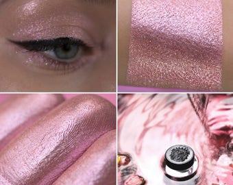 Eyeshadow: Washing Itself with Dew - Fairy. Wet pink shimmering eyeshadow by SIGIL inspired.