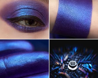Eyeshadow: Phantom - Fairy. Violet satin eyeshadow by SIGIL inspired.