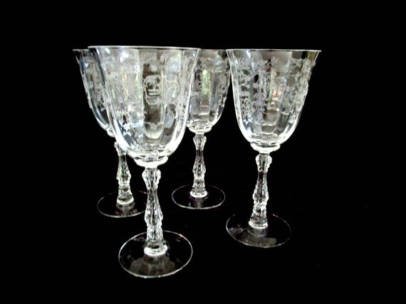 Set of 4 Fostoria Navarre Wine Glasses, Water Goblets, 7 5/8 Inches, Etched Optic Panels, Floral Pattern, Excellent Condition