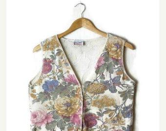 ON SALE Vintage  Floral Cotton belnds Summer knitted Vest  from 1980's*