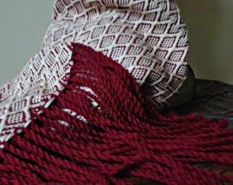 Woven maroon and beige woollen scarfe
