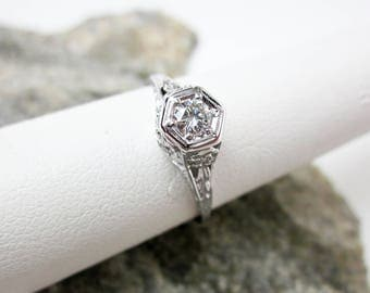 Authentic 1920s Art Deco Genuine 7 Diamond Filigree Ring, 18K White Gold Ring, 1/4ct Diamonds, French Antique Ring, Sparkly Engagement Ring.