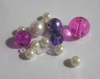 23 round beads white glass Pearl and red 3-14 mm (PV23-68)