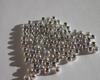 set of 50 round metal beads silver plated 3mm (4110)
