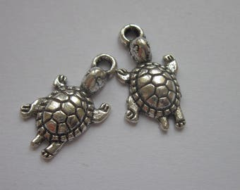 2 charms 22 mm from top to Turtle Silver (6150)