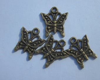 4 charms 17mm bronze metal Butterfly (6163).