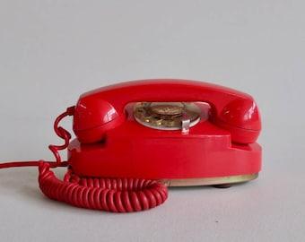 Mid Century Rotary Telephone Princess Standart  / Lipstick Red