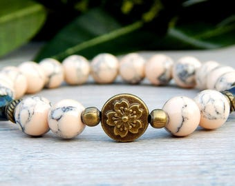 Nature Jewelry, Beaded Stretch Bracelet, Flower Bracelet, Boho Bead Bracelets, Oatmeal Bracelet, Tan Bracelets, Flower Bead Bracelet