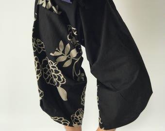 SR0137 Samurai Pants Harem pants have fisherman pants style wrap around waist