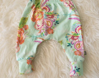 0-3 3-6 month floral on mint harem pants by little lapsi. ready to ship. Art gallery knit