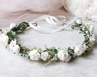 White flowers crown White and green flower crown Flowergirl crown Ivory flowers Headband Greenery crown Bridal floral crown Wedding headpie