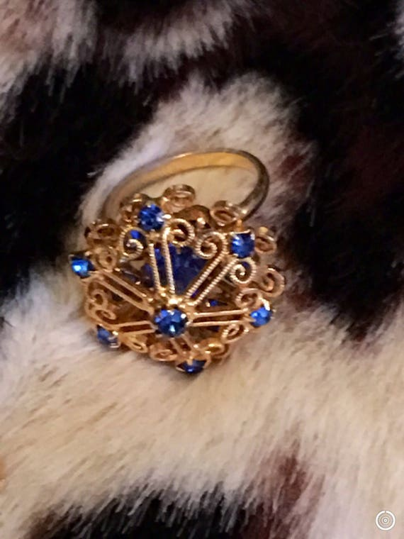 Vintage Goldtone Scrolled Dome with Colbalt Sapphire Blue sparkling Rhinestones Adjustable Costume Jewelry Cocktail Bling Ring