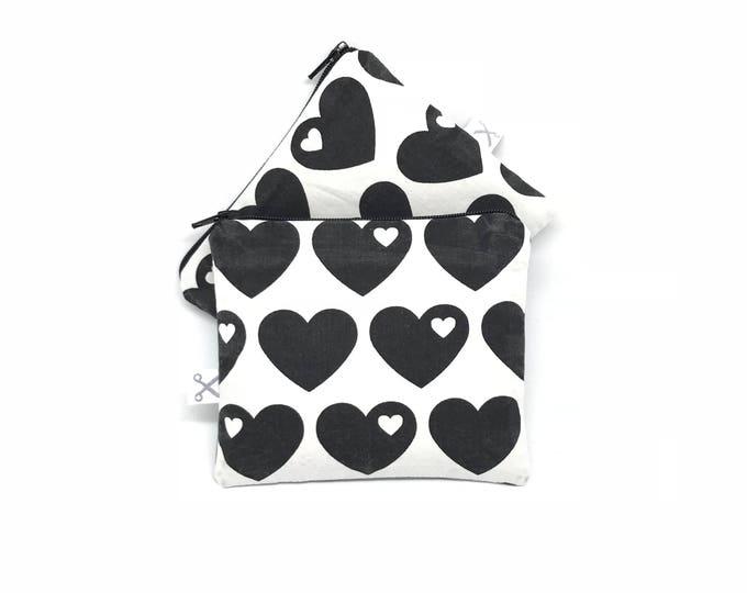 Mini zipper pouch Hearts black