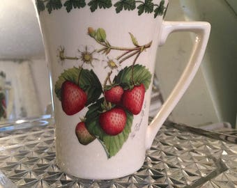4 Portmeirion Strawberry Fair Mugs Set of 4 Made in Britain Like New Farmhouse Kitchen