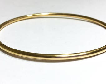 Solid 14K Gold Bangle - 2.6mm - 10 gauge Round Smooth Design - weighty comfortable