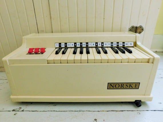 Vintage Norske Electric Chord Organ Table Top Piano