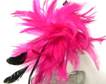Feather bright pink fascinator clip brooch
